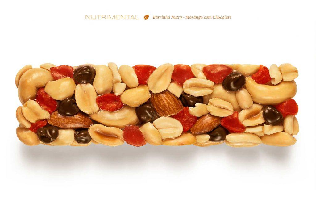 fotografia-de-barrinha-cereal-nutry-morango-com-chocolate